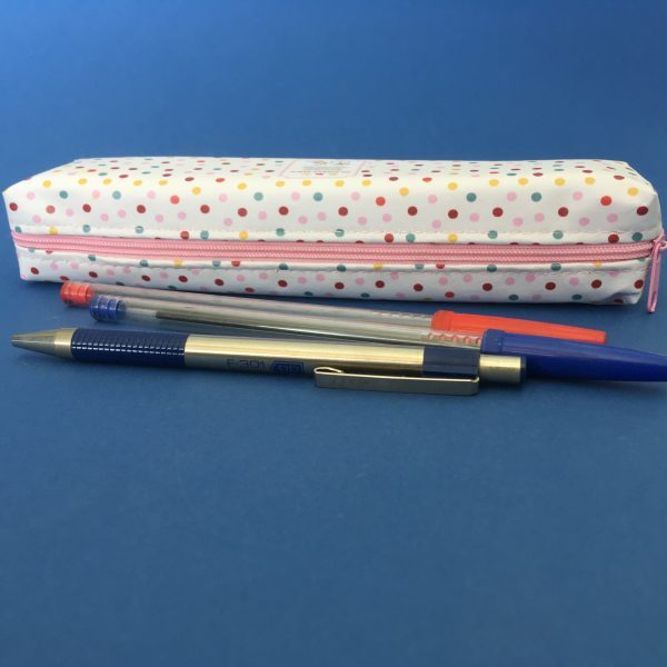 Pöttyös tolltartó (több színben)